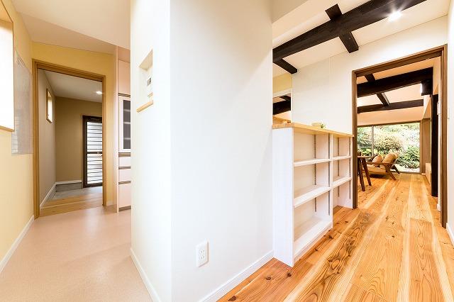 キッチン横動線_08.jpg