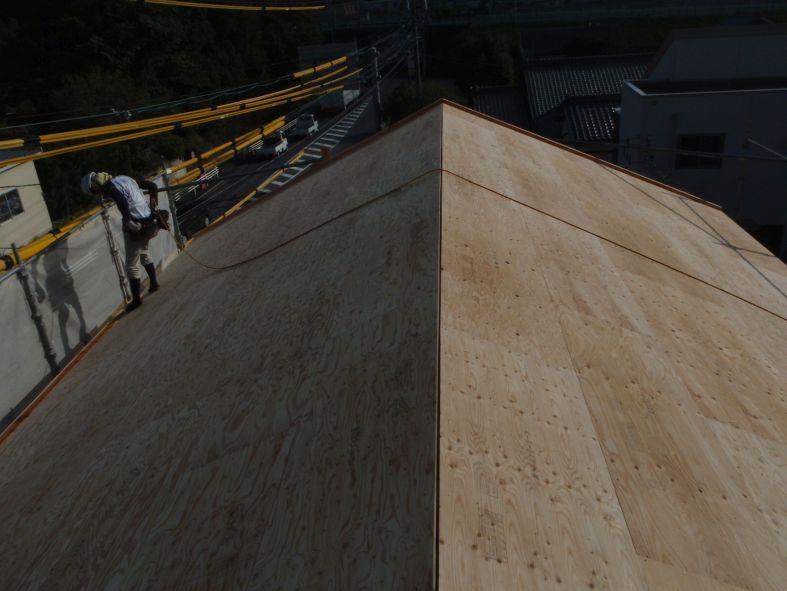 野地板貼りP8260076.JPG